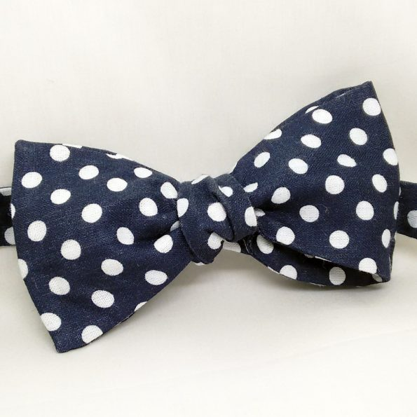 Casual Polka Dot Bow Tie