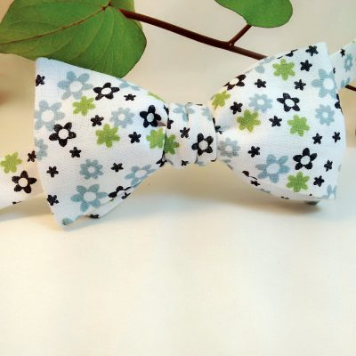 Floral Stars Bow Tie
